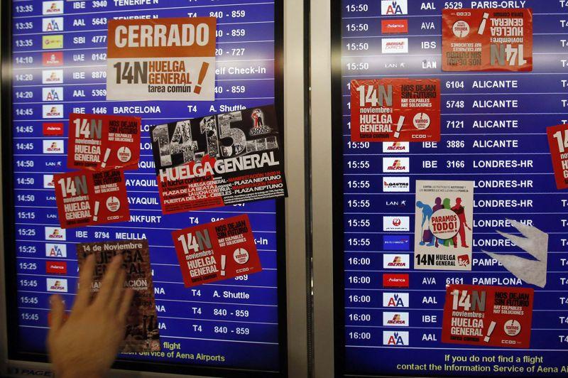 Les transports espagnols sont fortement perturbés par la grève, comme ici à l'aéroport madrilène de Barajas.