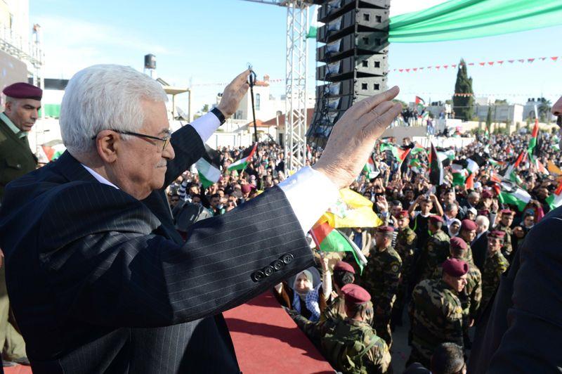 Pari gagné. C'est en héros que le président palestinien Mahmoud Abbas a été accueilli à Ramallah, à son retour de l'ONU. «Maintenant nous avons un Etat» s'est félicité le dirigeant, après avoir réussi à faire voter une résolution historique, qui confère à la Palestine le statut d'Etat observateur. Un tournant dans la gestion diplomatique du conflit israélo-palestinien.