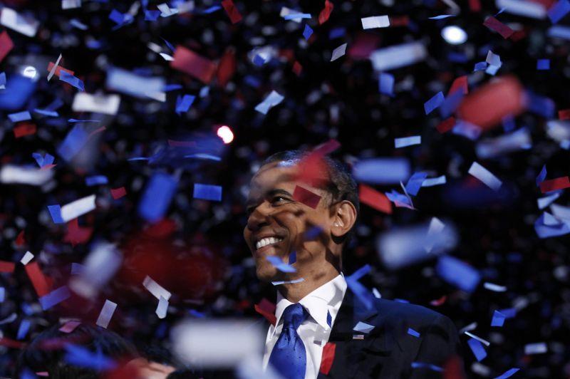 NOVEMBRE  États-Unis. Barack Obama après sa réélection devant ses partisans le 6 novembre à Chicago. Le président réélu jusqu'en 2016 a remporté cette élection avec 332 grands électeurs, contre 206 pour le républicain Mitt Romney.