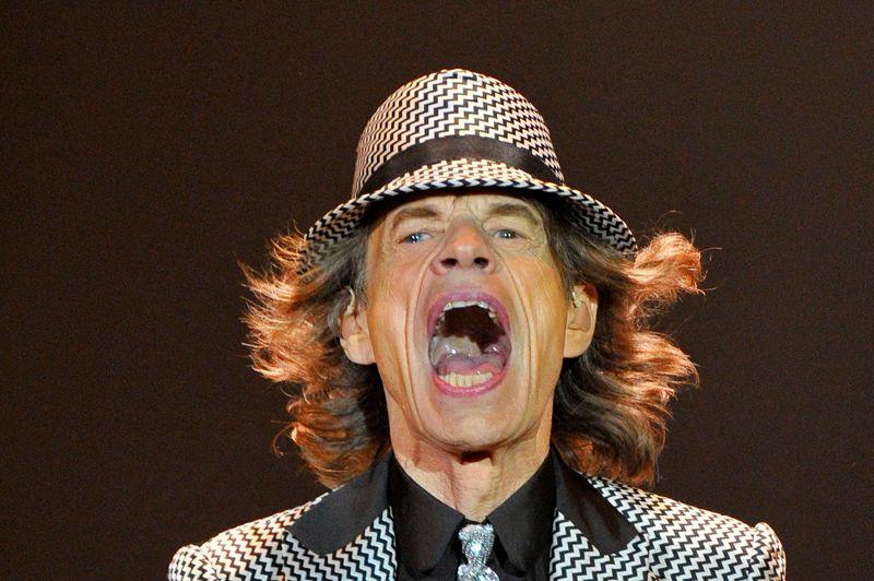 Rocker inoxydable. Londres, le 25 novembre 2012. Mick Jagger, en pleine forme, se produit sur la scène du «O2 Arena» à Londres avec les autres membres des Rolling Stones. Après cinq années sans donner de concert, le groupe célèbre là ses 50 ans de carrière. Un demi-siècle: une telle longévité fait figure d'exception dans l'histoire du rock.