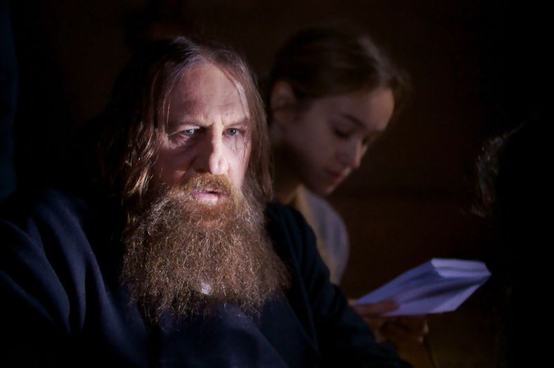 L'histoire d'amour entre Gérard Depardieu et la Russie s'écrit aussi à l'écran. L'acteur français a incarné Raspoutine dans un téléfilm de 2011 réalisé par Josée Dayan.
