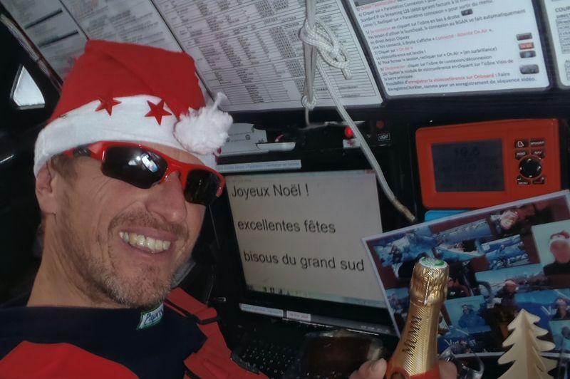 Jean-Pierre Dick (Virbac Paprec 3) fête Noël dans le grand sud.