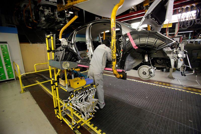 La grève avait déjà paralysé l'usine du 16 au 18 janvier. Elle a ensuite été fermée toute la semaine dernière, sur décision de la direction en raison d'une avarie électrique, mais surtout parce que les «conditions de sécurité» n'étaient «pas remplies».