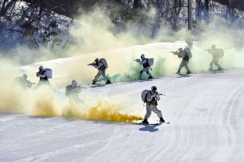 Les Marines américains et sud-coréens organisent pendant près de trois semaines une série d'exercices conjonts en milieu extrême.
