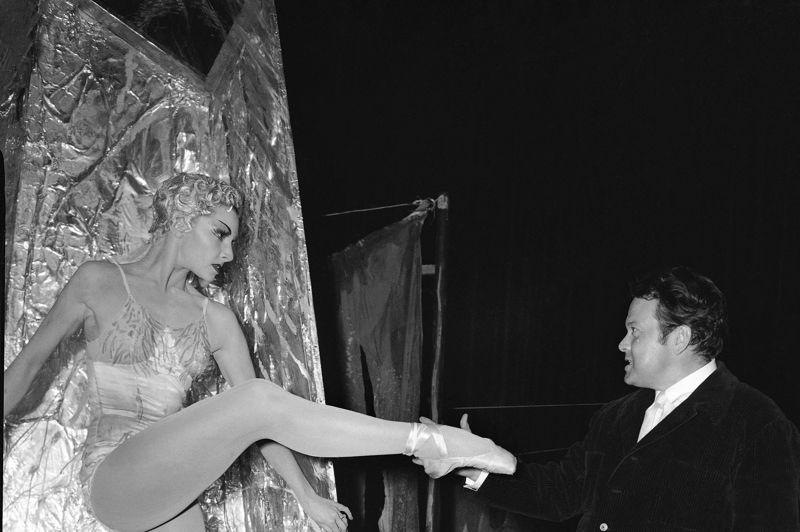 La danseuse Colette Marchand est en lice pour l'Oscar du meilleur second rôle pour sa performance dans «Moulin Rouge» en 1953.
