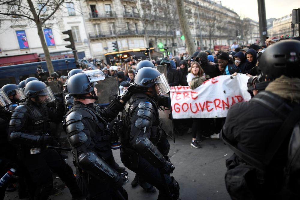 Une manifestation suite à l'affaire Théo, à Paris le 18 février 2017.