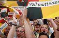 Allemagne : applaudissements et silence de plomb à la CDU