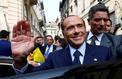 En Italie, l'inusable Silvio Berlusconi tente un ultime retour