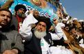 Au Pakistan, le pouvoir cède aux islamistes