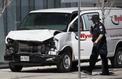 Toronto : une camionnette renverse des piétons, au moins neuf morts