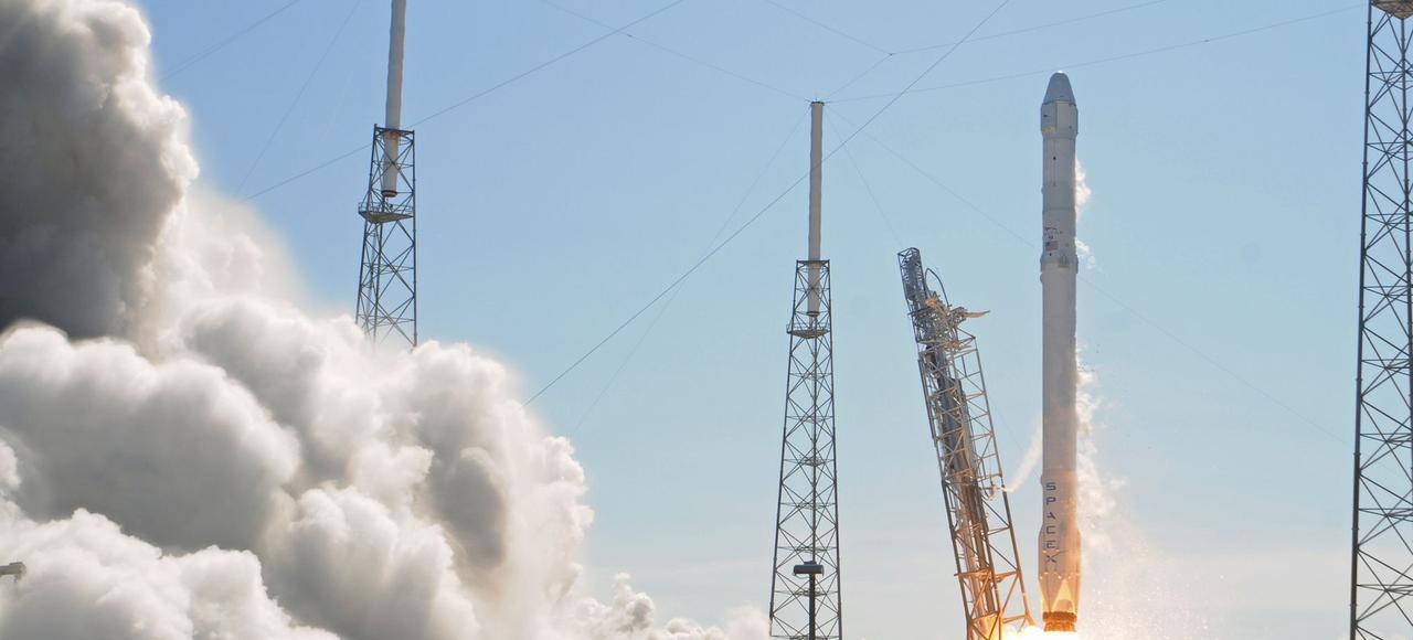 Lancement de la fusée Falcon 9 le 14 avril à Cap Canaveral, en Floride.