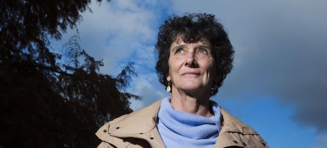 Isabelle Autissier navigue en littérature comme elle le fait surtoutes les mers duglobe, avec passion.