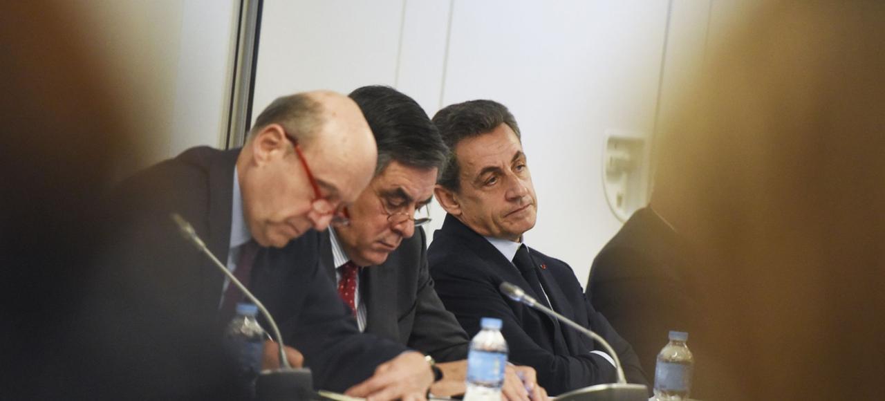 Alain Juppé, François Fillon et Nicolas Sarkozy lors du bureau politique après les régionales, le 14 décembre.