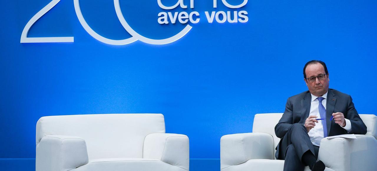 François Hollande voit sa cote de popularité tomber à 23 %.