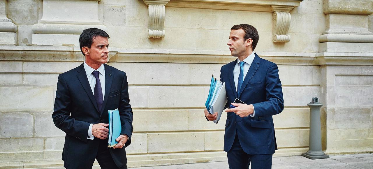 Manuel Valls et Emmanuel Macron, après une séance de questions au gouvernement, au Sénat, le 12 novembre.