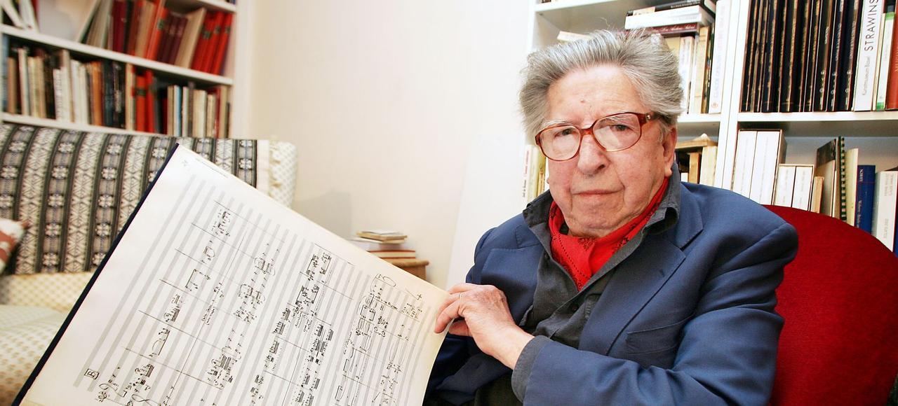 La musique si poétique d'Henri Dutilleux, ici à Paris en 2005, continue à nous envoûter .
