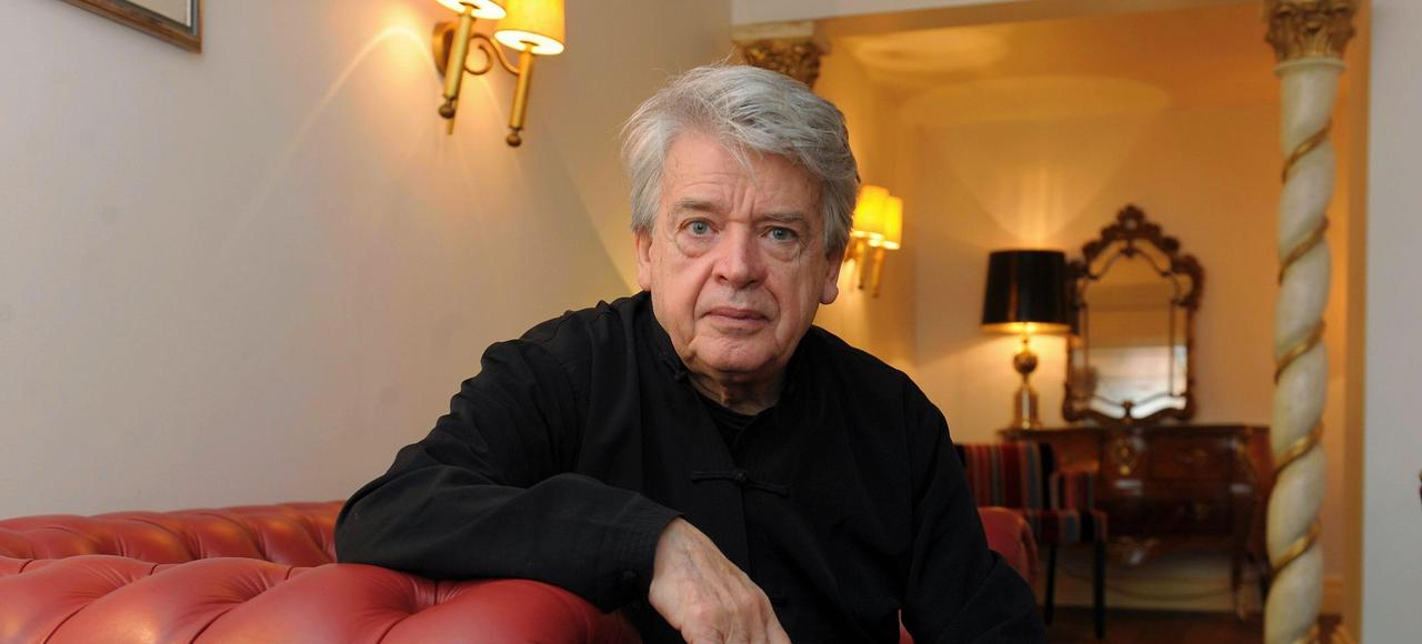 «Vous aussi, vous êtes cinéaste sans le savoir», déclare Alain Cavalier, pour qui la vie et le cinéma sont complètement décloisonnés.