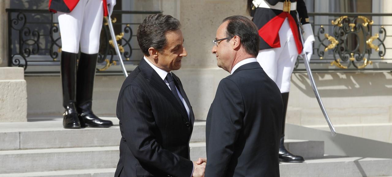 Passation de pouvoir à l'Élysée entre Nicolas Sarkozy et François Hollande, le 15 mai 2012.