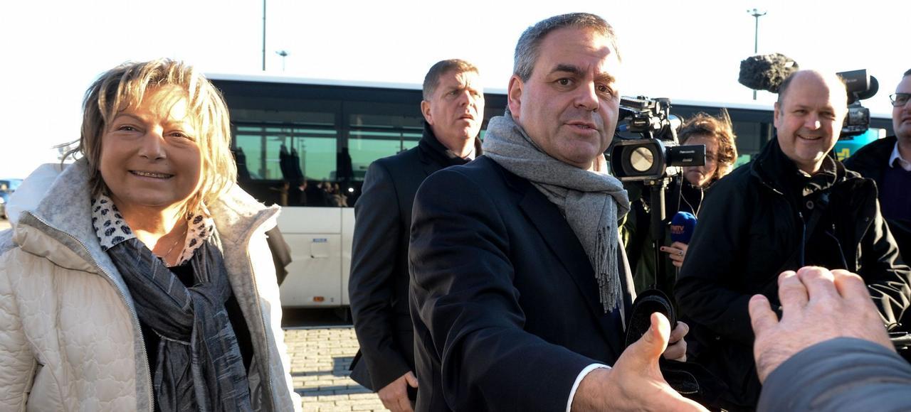 Xavier Bertrand, lundi à Calais.