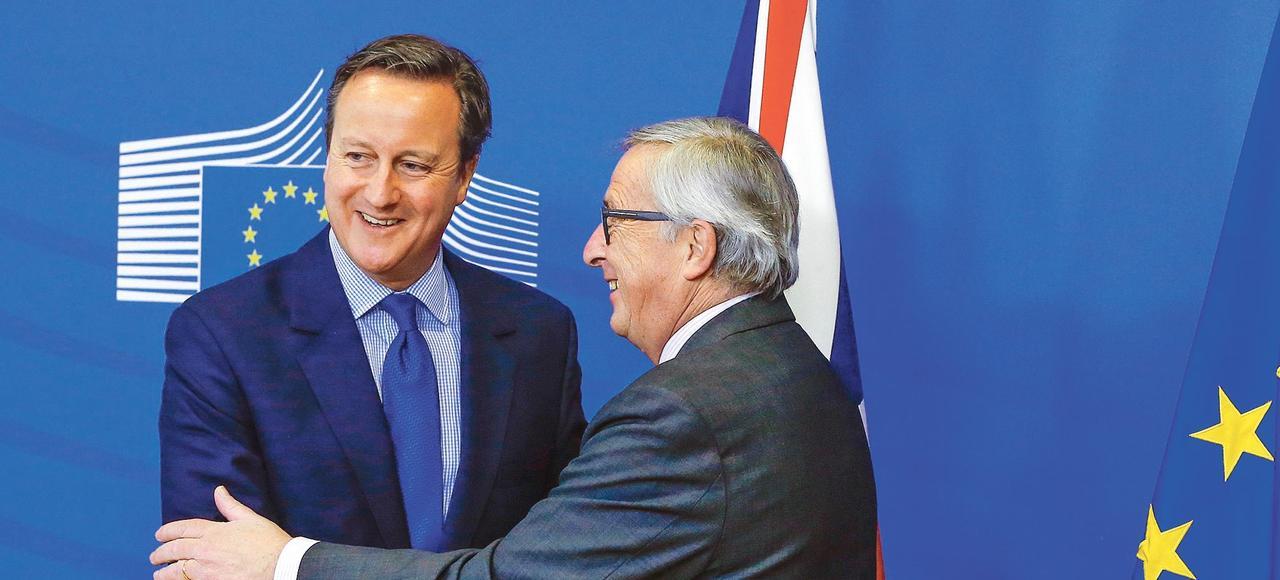 David Cameron, premier ministre britanique, et Jean-Claude Juncker, président de la Commission européenne, vendredi à Bruxelles