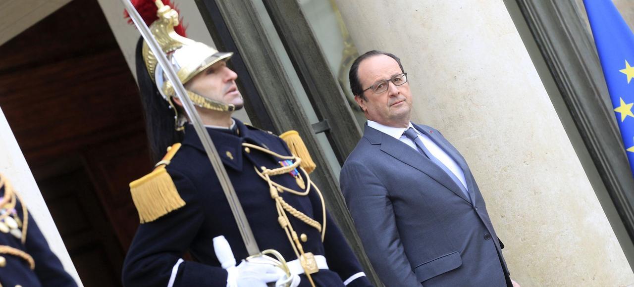 François Hollande, sur le perron de l'Élysée, en janvier dernier.