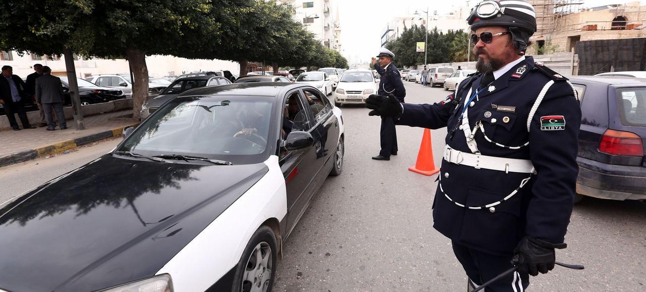 La police libyenne dans les rues de Tripoli.
