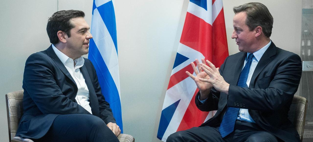 Alexis Tsipras, le premier ministre grec, et David Cameron, le premier ministre britannique, le 17 décembre 2015 à Bruxelles.