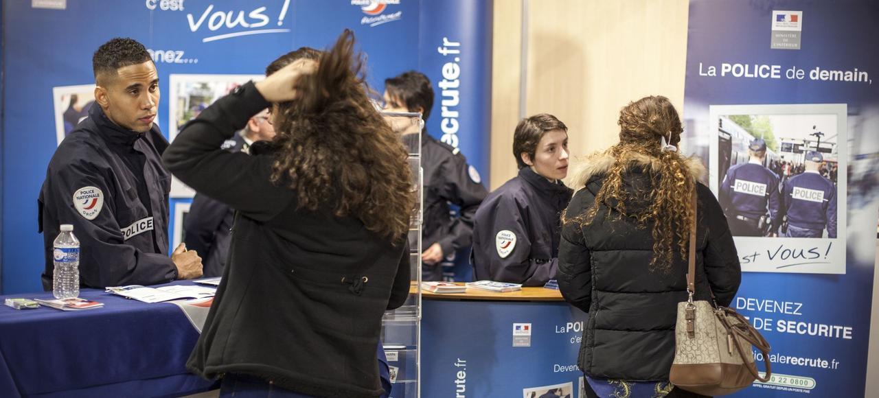 Depuis les attentats lucas 15 ans a une image plus for Salon de l alternance paris