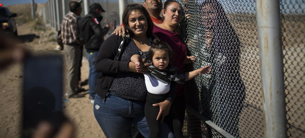 Depuis l'année dernière, les Mexicains migrant vers les États-Unis sont moins nombreux que ceux qui rentrent au pays.