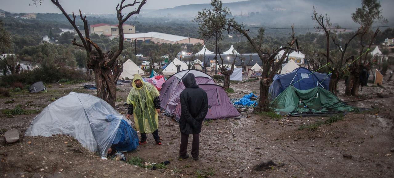 Des migrants campent dans des conditions précaires sur la «colline aux Afghans» à proximité du camp de Moria, sur l'île de Lesbos (Grèce), en janvier 2016.