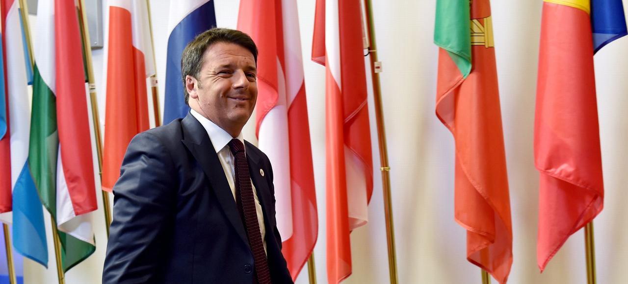 Matteo Renzi (ici à Bruxelles, en juillet 2015) a fait adopter six réformes majeures depuis son arrivée à la tête de l'Italie, parmi lesquelles la libéralisation des embauches par le «Jobs Act» ou la suppression des provinces.