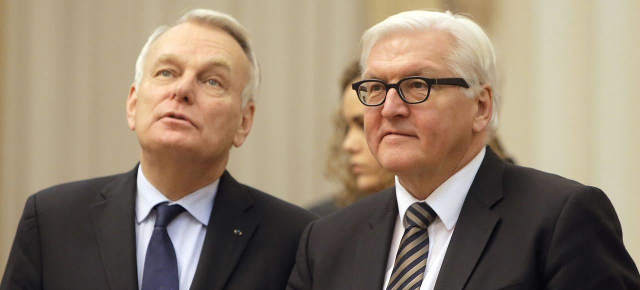 Jean-Marc Ayrault et Frank-Walter Steinmeier, lundi, à Kiev.