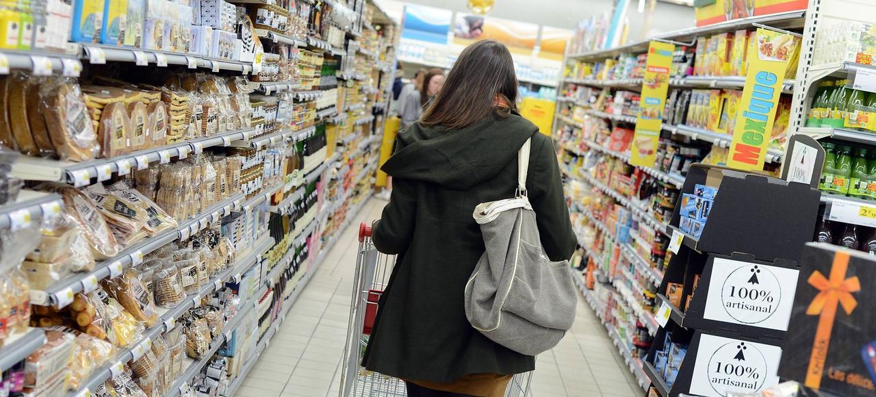 Depuis plusieurs semaines les fournisseurs dénoncent des demandes de rabais «insupportables» de la part des enseignes.