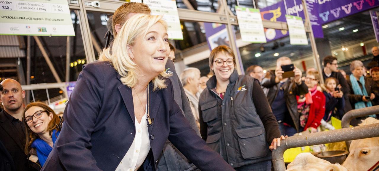 Marine Le Pen, au Salon de l'agriculture, en février 2015.