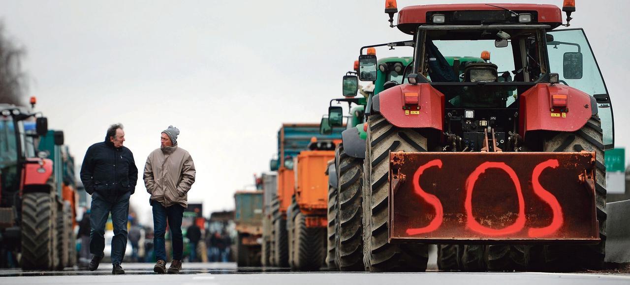 François Hollande face à la colère des paysans