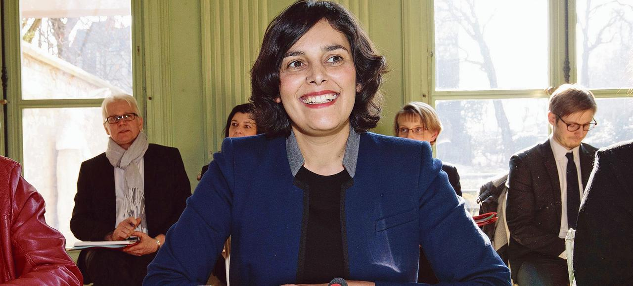 La ministre du Travail, Myriam El Khomri, lundi, à Paris, lors de sa rencontre avec les partenaires sociaux et une délégation de présidents de région, pour la mise en œuvre opérationnelle du «Plan 500.000 formations pour les demandeurs d'emploi»
