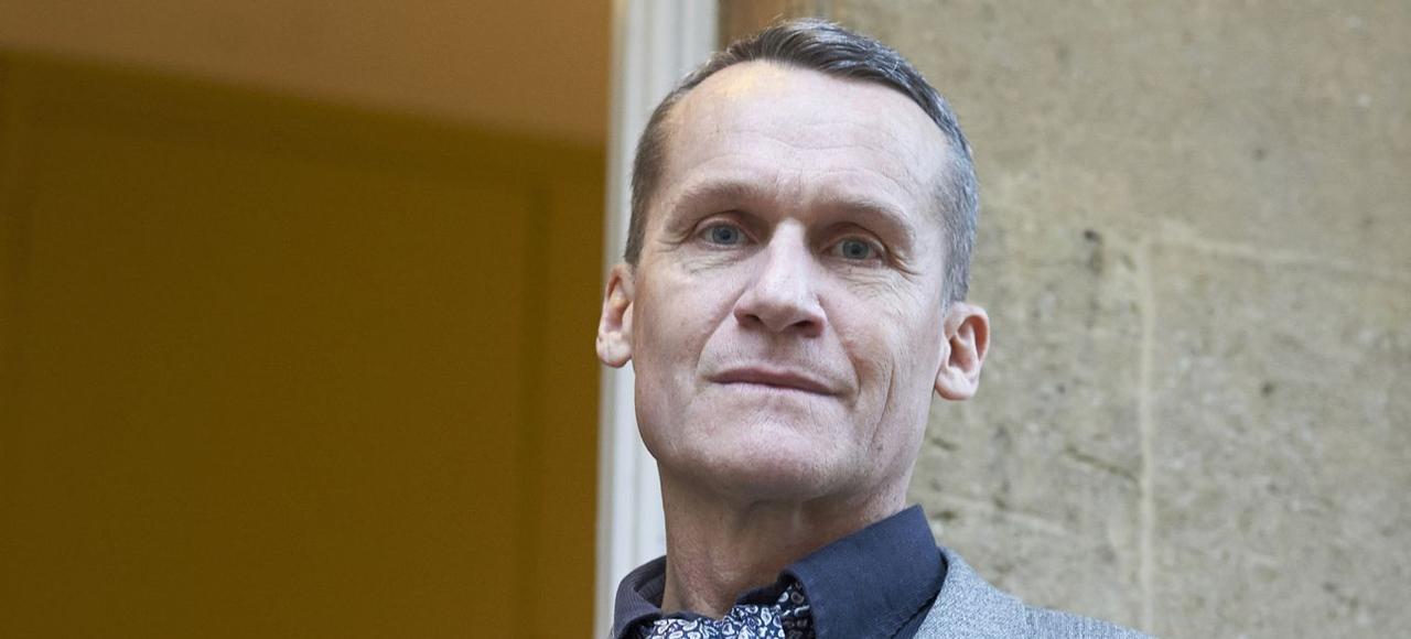 Andreï Makine, 58 ans, a été élu au premier tour de scrutin par 15 voix sur 26 votants.