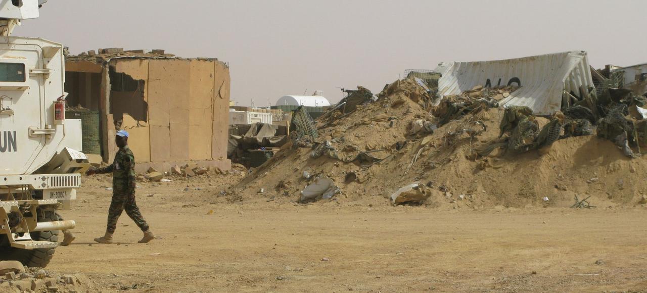 Tandis que les soldats de la Minusma vivent sous la menace des engins explosifs improvisés (IED), le camp onusien de Kidal a été la cible d'une attaque terroriste faisant 7 morts et une cinquantaine de blessés il y a trois semaines.