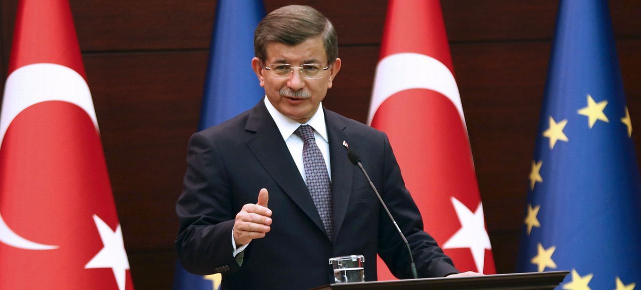 Le premier ministre turc, Ahmet Davutoglu, lors de la conférence sur la crise migratoire, à Ankara, jeudi.