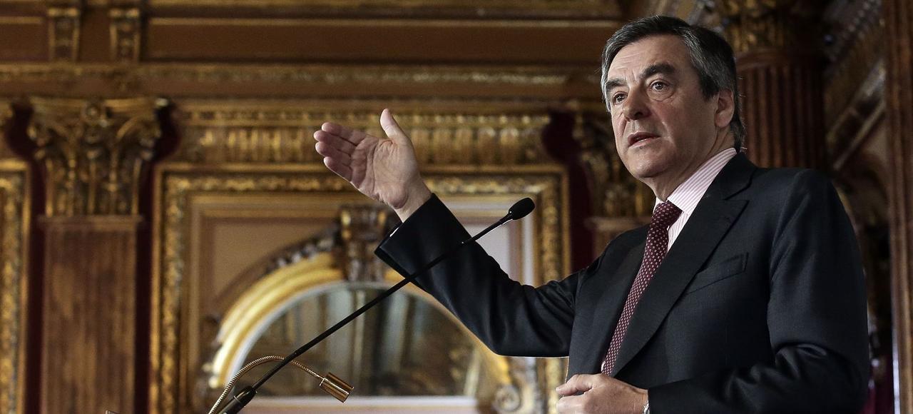 François Fillon devant la Fondation Concorde, mercredi à Paris.