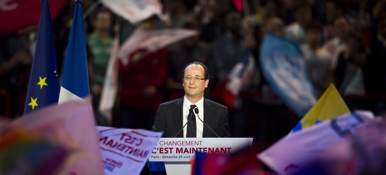 François Hollande, lors de son dernier meeting de campagne en 2012, à Bercy.