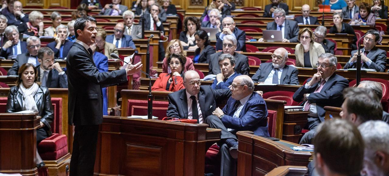 Manuel Valls devant les sénateurs, le 20 novembre 2015, lors du vote de la prolongation de l'état d'urgence.