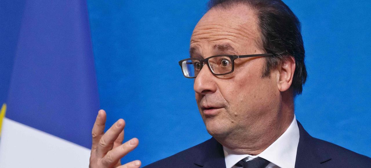 François Hollande, qui compte bien briguer un second mandat, a commencé la distribution.
