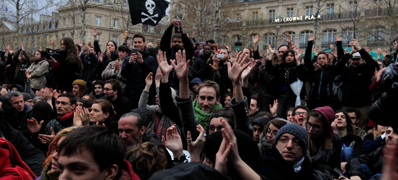 Le mouvement Nuit debout, place de la République, à Paris.