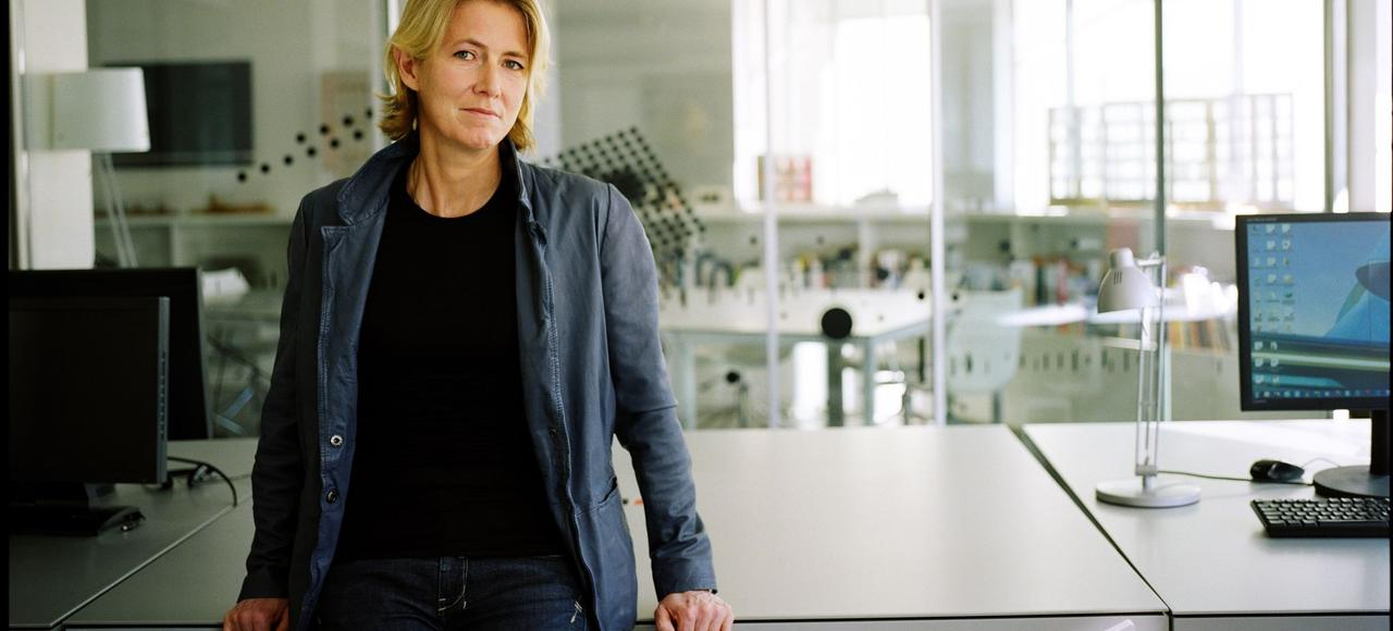 Architecte, Anné Démians fait partie du cercle des quelques femmes qui parviennent à se faire entendre dans un monde très masculin.