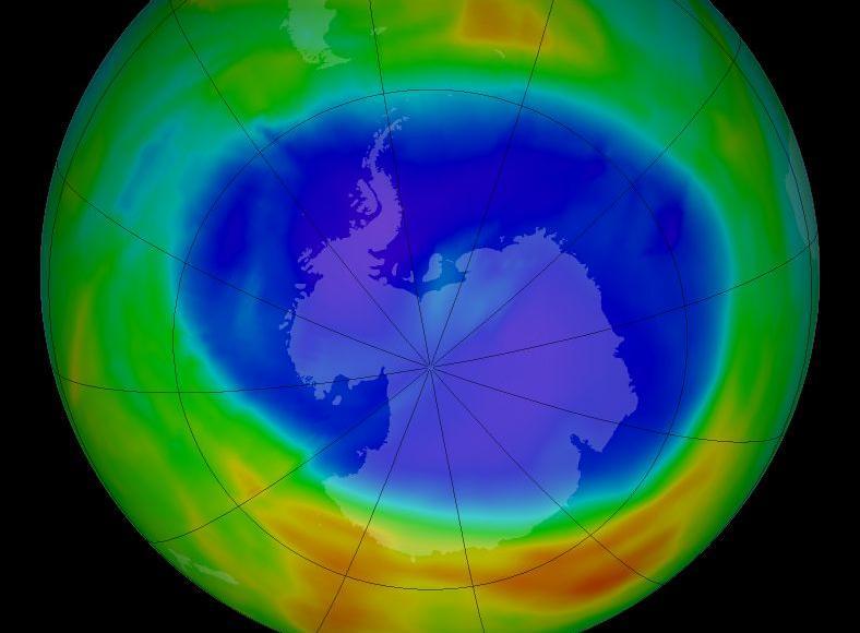 Concentrations d'ozone au-dessus de l'Antarctique, en 2014.