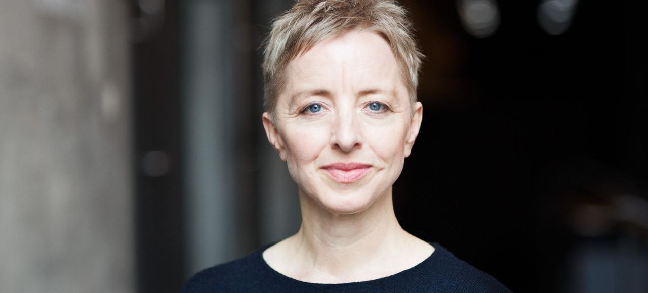 Dana Caspersen.
