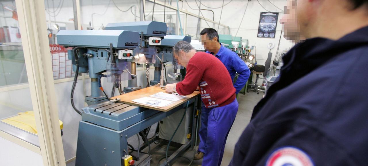 Le travail exutoire des prisonniers de muret for Gobet meubles