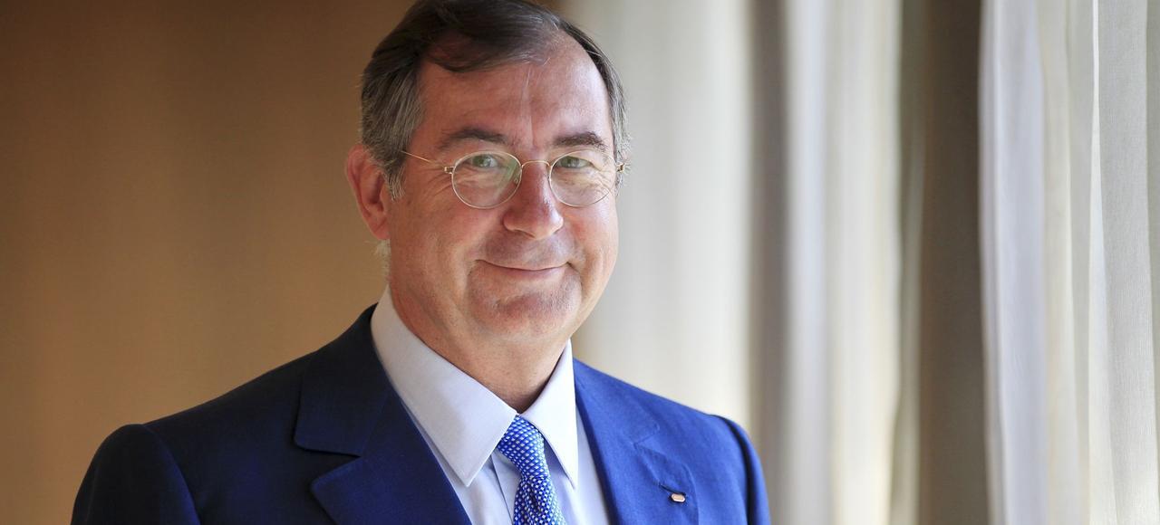 Martin Bouygues, l'emblématique patron de Bouygues Telecom, dans son bureau parisien, en 2015.