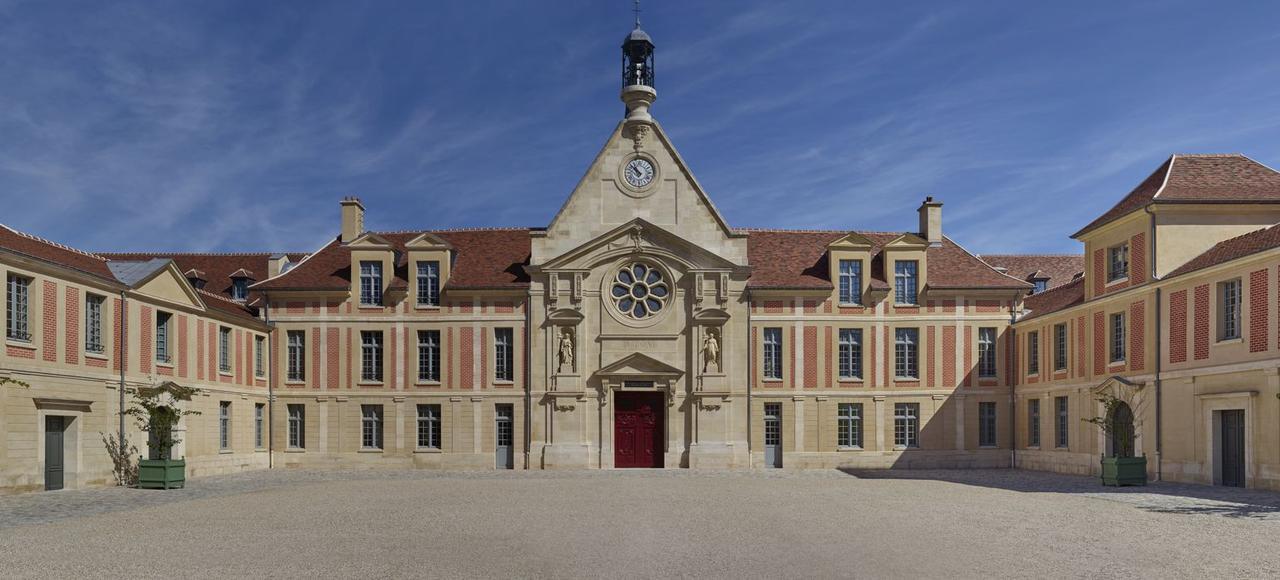 Laennec la renaissance d 39 un accident du patrimoine - Hopital laennec paris 7 ...